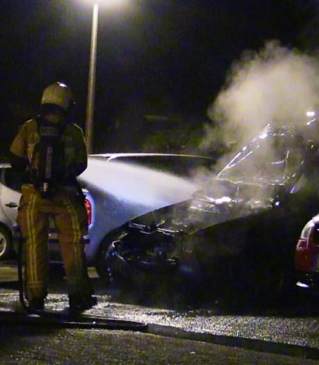 Achtste autobrand in Enschede in korte tijd