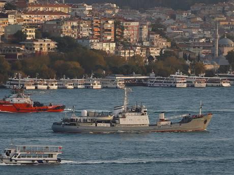 Russische militairen gered na scheepsbotsing