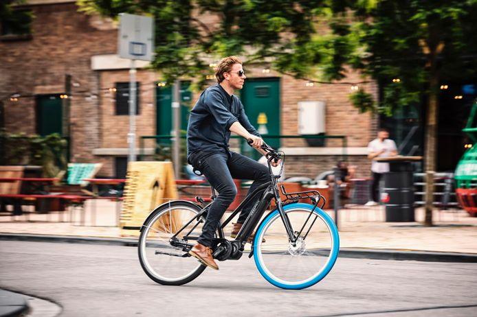 Swapfiets introduceert nu ook e-bikes in Gent.