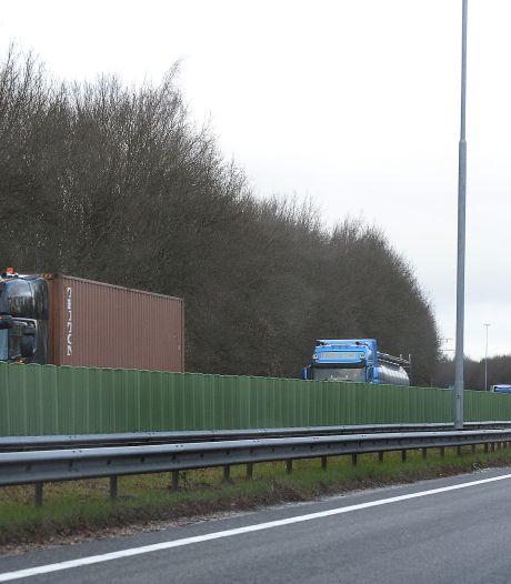Extra rijbanen A73 nu geen optie, mogelijk wel betere verlichting