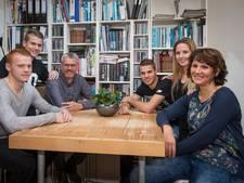 Bart Nieuwkoop gidst Feyenoord TV door zijn Tholen