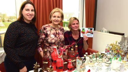 Het Nestje met creatieve werkjes op de kerstmarkt