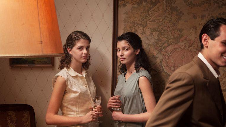 Margherita Mazzucco (links) en Gaia Girace als de oudere Lenù en Lila. Beeld x