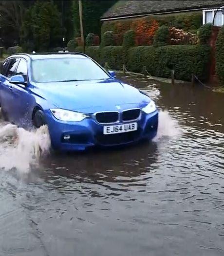 Storm Bella zorgt voor overstromingen in Verenigd Koninkrijk