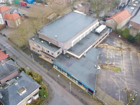 Sportfondsenbad in Apeldoorn gaat komende weken tegen de vlakte