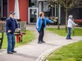 Ouderen Gemert gymmen in de tuin of op het balkon