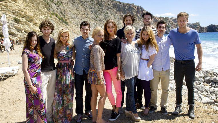 De cast van Verliefd op Ibiza. Beeld ANP
