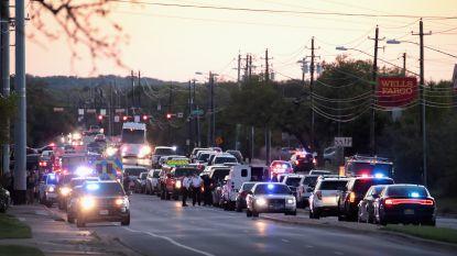 Hoofdverdachte van reeks bompakketjes in Austin blaast zichzelf op terwijl hij ingesloten wordt door de politie