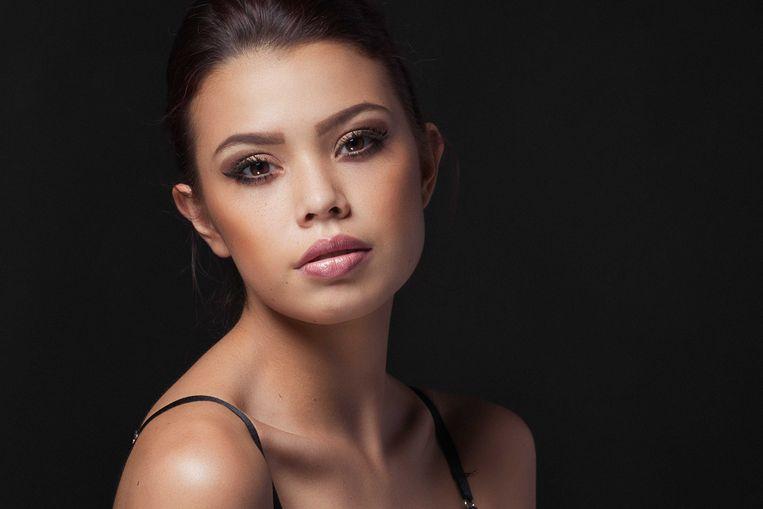Portret van de 19-jarige Ivana Smit uit Sittard. Het fotomodel overleed na een val van een balkon in de Maleisische hoofdstad Kuala Lumpur.