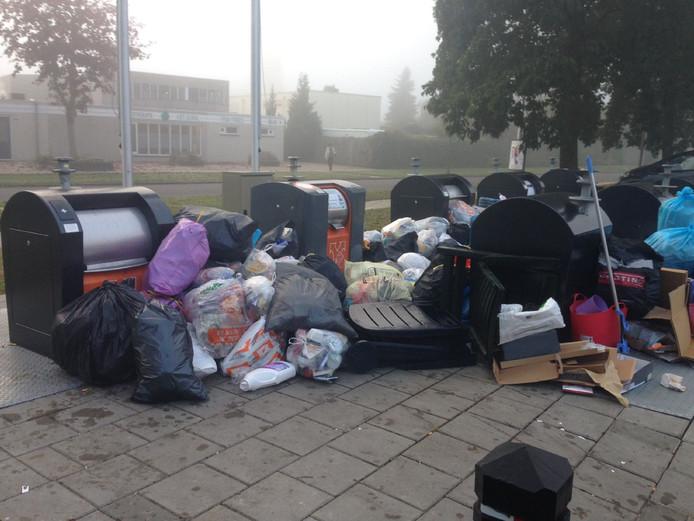 Afval in de wijk Schelfhorst