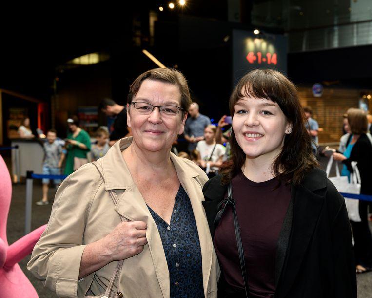 Actrice Anne Mie Gils kwam naar de première met dochter.