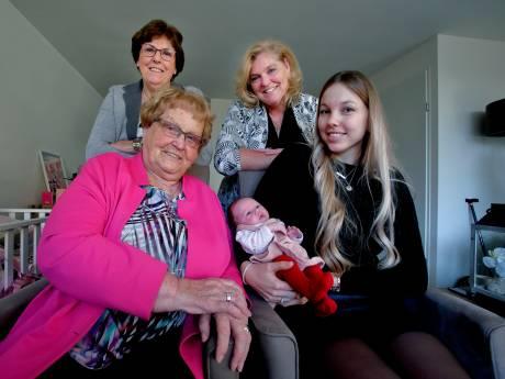 Vijf generaties in één familie: 'Zelfs de loodgieter krijgt beschuit met muisjes'