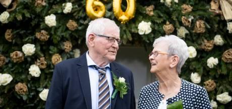 Zestig jaar dolgelukkig samen met elkaar in Manderveen