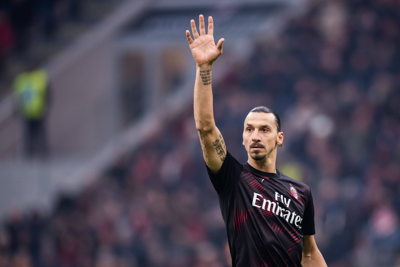 Zlatan Ibrahimovic in actie tijdens de wedstrijd van AC Milan tegen Sampdoria.