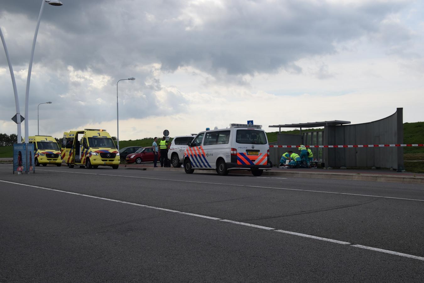 Hulpdiensten rukten begin september uit na een steekincident in Terneuzen, waarbij een Axelaar (18) een 15-jarige jongen uit Sas van Gent verwondde.