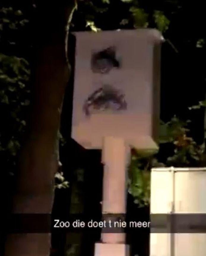 Flitspaal vernield langs de Oisterwijkseweg in Moergestel