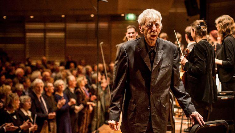 Reinbert de Leeuw na afloop van de Johannes-Passion in het Muziekgebouw aan 'tIJ in Amsterdam. Beeld Wouter Jansen