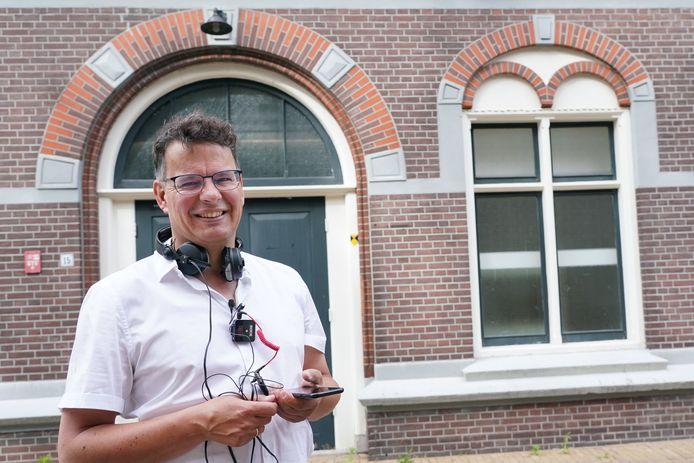 De Nijkerkse historicus Anton van Renssen werkt aan een podcastserie over de Tweede Wereldoorlog en de gevolgen hiervan in vijf Veluwse gemeenten.