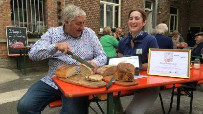 Vicky Goossens en Luc Cromphout bakken lekkerste Bruegelbrood