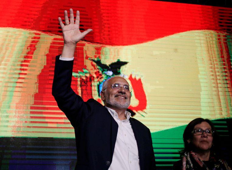 De Boliviaanse presidentskandidaat Carlos Mesa in de Boliviaanse hoofdstad La Paz. Beeld REUTERS
