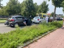 Vier auto's botsen op elkaar op Bodegraafsestraatweg, een persoon gewond naar ziekenhuis
