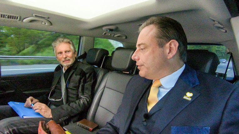 Jambers in de Politiek, seizoen 3 vanaf 21 mei 2019 bij VTM. Op de foto: Paul Jambers en Bart De Wever.