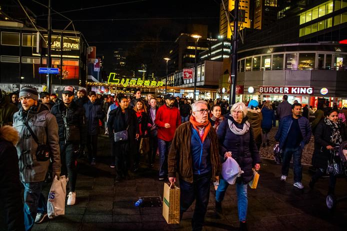 Black Friday op de Lijnbaan. De Urban Department Store wil meer van dit soort succesnummers.