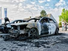 Auto's in Goirle verwoest door brand