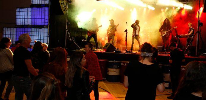 Optreden van One Revolution in de grote zaal, vorig jaar.