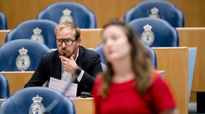 Tweede Kamerlid Gijs van Dijk heeft Kamervragen gesteld naar aanleiding van de falende schuldhulp in Eindhoven.