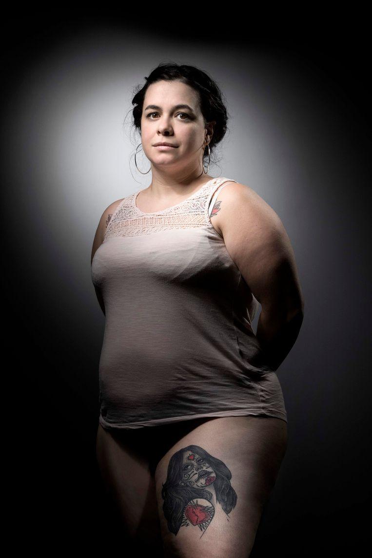 Sophie kreeg twee kogels in haar been in Bataclan en heeft nu een tatoeage