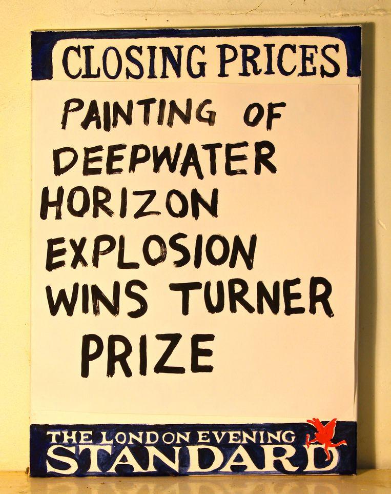 De affiche van Atkinson, een verwijzing naar een BP-olieramp. Beeld -