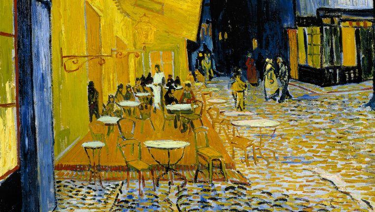 Detail uit Vincent Van Gogh, Caféterras bij nacht (Place du Forum), circa 16 september 1888. Beeld Stichting Kröller-Müller Museum