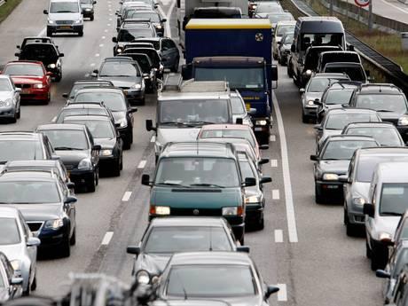 Veel vertraging voor verkeer rondom Rotterdam