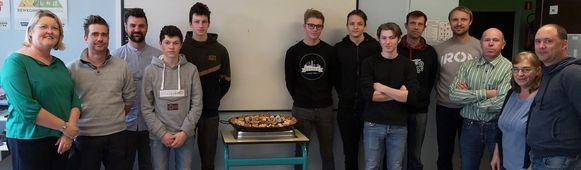 Met een paella-lunch kwamen de leerlingen alvast in de stemming van hun gastland Spanje.