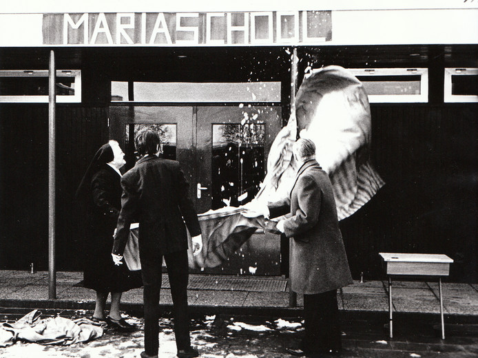 Opening van de Mariaschool in Maarheeze op 26 februari 1973.