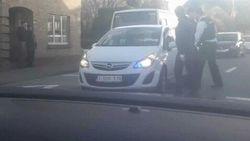 Man zonder rijbewijs begaat 31 overtredingen tijdens achtervolging