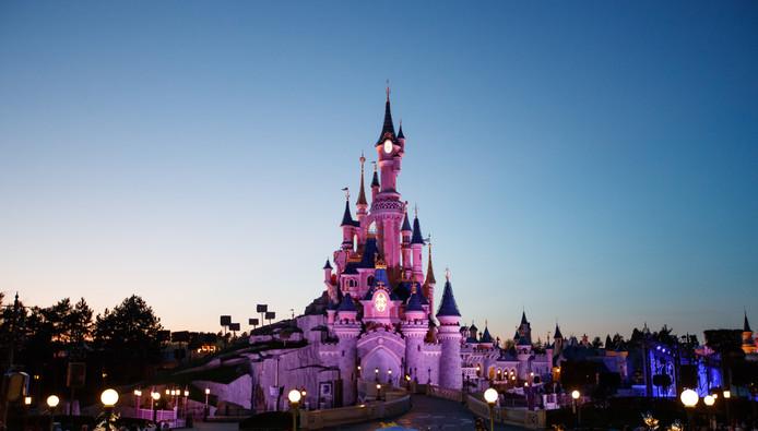 Het Doornroosje Kasteel in Disneyland Parijs.