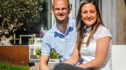 """Coronacrisis bezorgt verloofden extra kopzorgen: """"We hebben een plan A, B en C om te kunnen trouwen"""""""