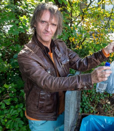 'Afvalman' Richard (57) krijgt massaal bijval: 'Als ik geen gratie krijg, ben ik weg'