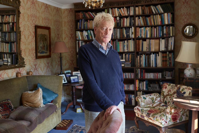 Filosoof Roger Scruton in zijn huis in het Verenigd Koninkrijk, in 2015. Scruton overleed zondag op 75-jarige leeftijd.