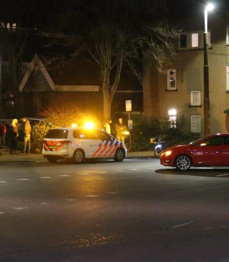 Fietsster gewond door aanrijding met auto in Arnhem