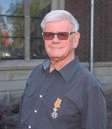 Vrijwilliger Kees Elshout uit Drunen koninklijk onderscheiden