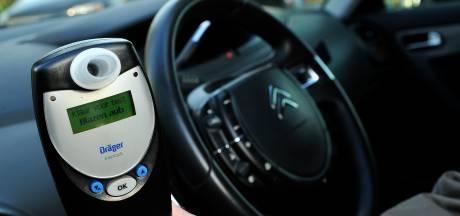 Dronken automobilist negeert rijverbod en wordt twee keer opgepakt