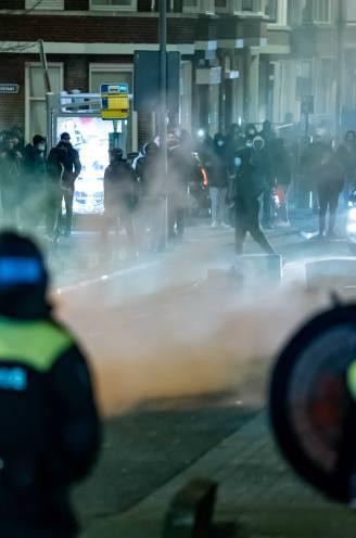 """Opnieuw rellen op verschillende plaatsen in Nederland tegen avondklok: """"Ouders, houd je jongeren binnen!"""""""