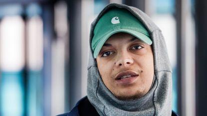 'Drank & Drugs'-rapper Ronnie Flex laat zich opnemen om van wietverslaving af te komen