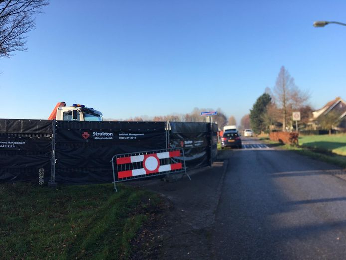 Een woning in Steenbergen wordt forensisch onderzocht in verband met de verdwenen Belg Johan van der Heyden.
