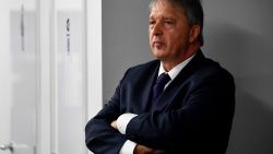 """Van Holsbeeck trekt aan alarmbel: """"Ik doe geen transfers meer"""""""
