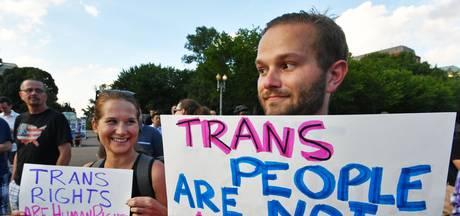 'Trump mag transgender niet weren uit leger'