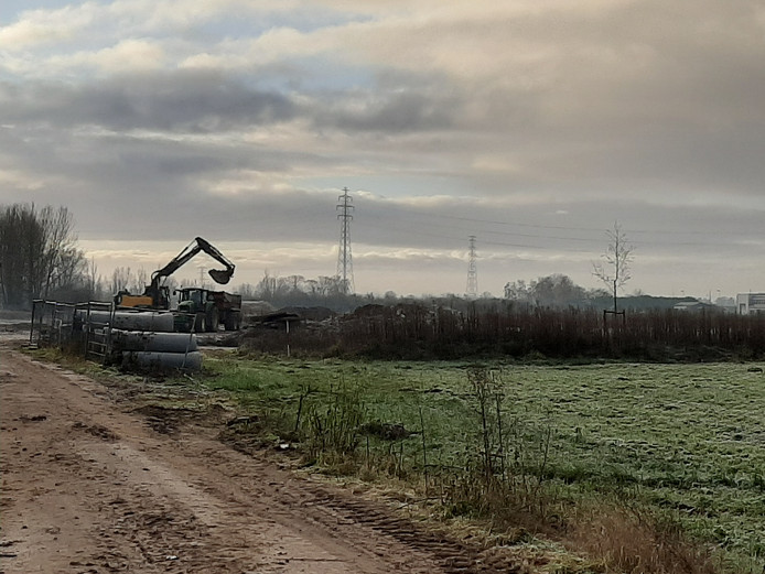 De laatste bebouwing wordt gesloopt op Nudepark II.